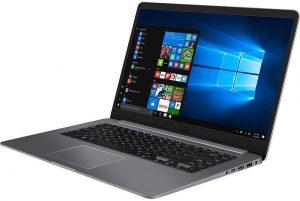 """Conheça o Notebook Asus Vivobook X510UA-BR483T com processador Intel Core i5 (7200U) de 2.5 GHz a 3.1 GHz e 3 MB cache, 4GB de memória RAM (DDR4 2133 MHz - expansível até 16GB), HD de 1 TB (5.400 RPM), Tela LED HD de 15,6"""" e resolução máxima de 1366 x 768, Placa de Vídeo integrada Intel HD Graphics 620, Conexões USB e HDMI, Wi-Fi 802.11 ac, Não possui Drive de DVD, Bateria de 3 células (4000 mAh), Peso aproximado de 1,7kg e Windows 10."""