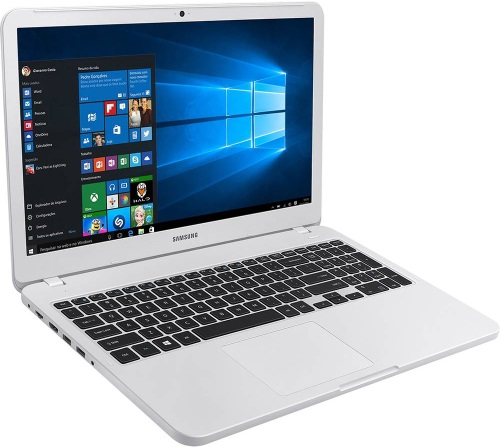 """Conheça o Notebook Samsung Essentials E30 NP350XAA-KF2BR com processador Intel Core i3 (7020U) de 2.3 GHz e 3 MB cache, 4GB de memória RAM (DDR4 2133 MHz), HD de 1 TB (5.400 RPM), Tela LED FULL HD de 15,6"""" antirreflexiva com resolução máxima de 1920 x 1080, Placa de Vídeo integrada Intel HD Graphics 620, Conexões USB e HDMI, Wi-Fi 802.11 b/g/n/ac, Não possui Drive de DVD, Bateria de 3 células(43Wh), Peso aproximado de 1,95kg e Sistema Operacional Windows 10 64 bits."""