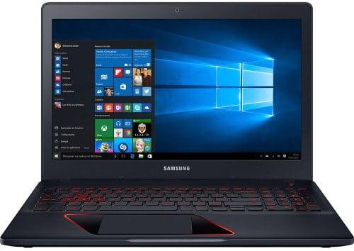 """O Notebook Gamer Samsung Odyssey NP800G5M-XT1BR possui processador Intel Core i5 (7300HQ) de 2.5 GHz a 3.5 GHz e 6 MB cache Quad Core, 8GB de memória RAM (DDR4 2133MHz - 1 módulo de 8GB e expansível até 32 GB nos 2 slots), 1 TB (5.400 RPM) e possui slot de expansão M.2, Tela LED FULL HD de 15,6"""" antirreflexiva com resolução máxima de 1920 x 1080, Placa de Vídeo integrada Intel HD Graphics 630 e NVIDIA Geforce GTX 1050 com 4GB de memória dedicada (GDDR5), Conexões USB e HDMI, Wi-Fi 802.11 b/g/n/ac, Webcam HD, não possui Drive de DVD, Bateria de 3 células (43Wh), Teclado Retroiluminado padrão ABNT e teclado numérico dedicado, Peso aproximado de 2,52kg e Windows 10."""